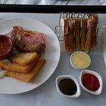 Breakfast in bed 😃