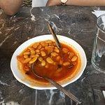 Très bon restaurant pas chère avec jolie vue sur la médina et bab boujloud