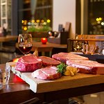We offer a large selection of specials, with the 900g Porterhouse steak as center piece.