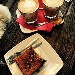 Sehr leckerer Kaffee, toller Kuchen und total freundliche Bedienung