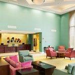 Foto de DoubleTree by Hilton Hotel Greensboro