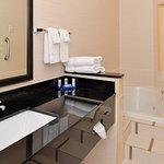 Photo de Fairfield Inn & Suites Bloomington