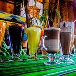 Nuestras ricas y deliciosas  bebidas es de 100% orgánico. Café, frutas y vegetales .