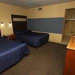 Photo de La Fuente Hotel & Suites
