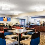 Photo of Comfort Inn Airport