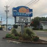 Island Creamery Foto