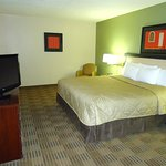 Photo de Extended Stay America - Greensboro - Wendover Ave. - Big Tree Way