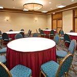Holiday Inn Express & Suites Dallas-Addison Foto