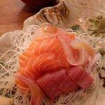 Gingi Sushi Sashimi resmi