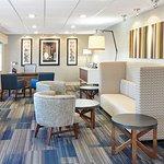 Photo de Holiday Inn Express Sheboygan - Kohler (I-43)