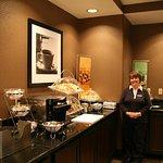 Photo of Hampton Inn and Suites Detroit/Airport-Romulus
