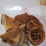 Pork Sandwich wth Vinegar BBQ Sauce