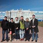 Начав в 8:00 обзорную экскурсию по Питеру к 11:00 были уже в Пушкине!