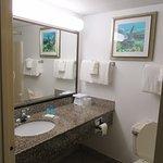 Foto di Tropical Winds Oceanfront Hotel