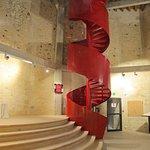 L'escalier à vis de la salle basse.