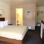 Photo of Bowen Motel