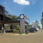 Boma Inn entrance