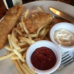 Bruno's did not disappoint!! Fish & chips, crab & shrimp melt , & meatloaf sandwich were delicio