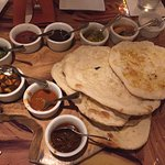 The Naan appetizer, the sauces go from mild (top right) to HOT bottom middle.