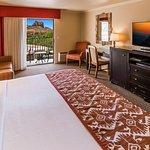 Foto di BEST WESTERN PLUS Arroyo Roble Hotel & Creekside Villas