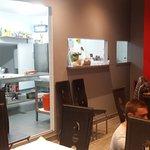 salle de restaurant sur cuisine ouverte mais sans odeur !