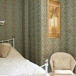 Single En-suite in main house