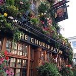 Photo de The Churchill Arms
