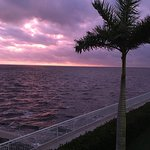 Photo de PG Waterfront Hotel & Suites