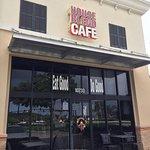 Φωτογραφία: House Blend Cafe