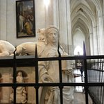 transept et tombeau de François II