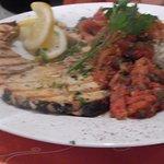 Grillierter Schwertfisch mit Tomatencoulis und Reis