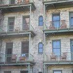 So many balconies!