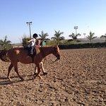 Um lugar bastante gostoso p/ passear com a família, tem aulas  de equitação inclusive para crian