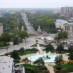 Great view up the Benjamin Franklin Parkway