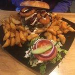 Hamburger, sparribs og eplekake