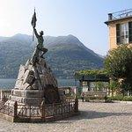 Hotel Fioroni Piazza Minoletti 1, 22010 Carate Urio, Italia (Como).