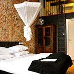 Room 12 (223493464)
