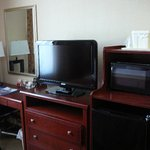 Comfort Inn Staten Island TV, microwave & small refrigerator