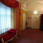 Zona de acceso a las habitaciones interiores