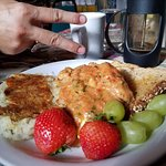 Crab omelette with big pieces of solid crab, perfectly cooked hash browns and fruit. Yummy!