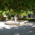 Palazzo Ravizza garden and fountain