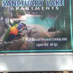 Foto de Sanctuary Lake Apartments