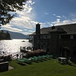 Foto de Boathouse Bed and Breakfast A Lake Castle Estate on Lake George