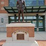 Mr. Baseball, Bob Uecker