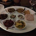 Abendessen: Sri Lankan Food nett angerichtet