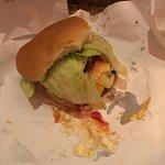 Foto de Burger Joint at Le Parker Meridien Hotel