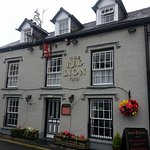 15C traditional Lakeland pub and B&B in Hawkshead. A warm welcome & good food, honestly priced.