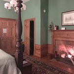 Working gas fireplace in Randolph room