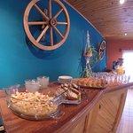 mesa buffet del desayuno