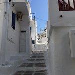 ホテルからメイン通りを繋ぐ36段の階段